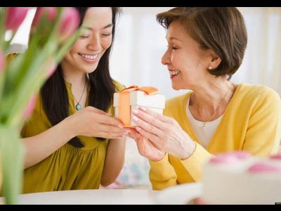 Gợi ý quà tặng mẹ yêu nhân ngày 8/3 ý nghĩa